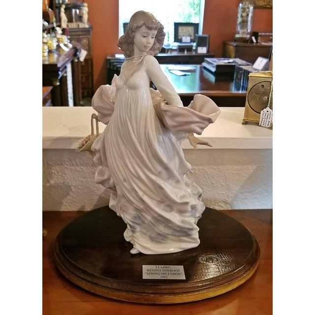 Lladro Spanish Porcelain Figurine of Spring Splendor (Retired) For Sale - Image 13 of 13