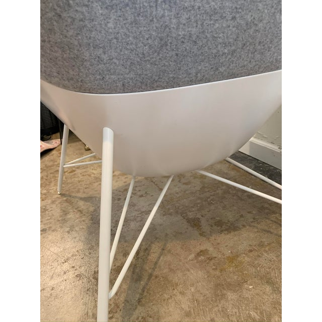 Gray Flannel Mid-Century Womb Chair For Sale In Los Angeles - Image 6 of 9