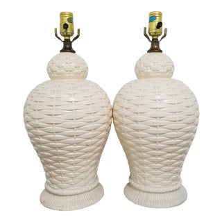 Vintage 1960s Palm Beach Regency Faux Wicker Weave Ginger Jar Table Lamps - a Pair For Sale