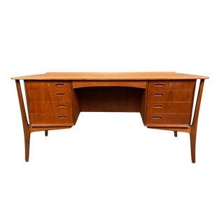 Vintage Scandinavian Modern Teak Executive Desk For Sale