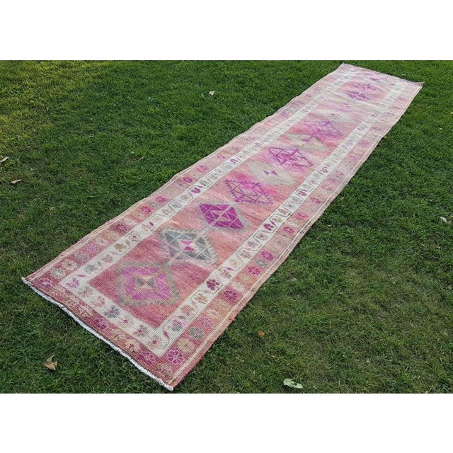 2.8 X 12.7 Vintage Boho Chic Hand Knotted Muted Coloured Carpet, Anatolian Kurdish Runner With Multi Medallion Design, Long Oushak Hall Rug For Sale - Image 11 of 11