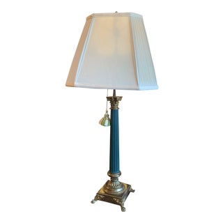 Early 20th Century Neoclassical Green Painted Metal and Gilt Bronze Column Lamp For Sale