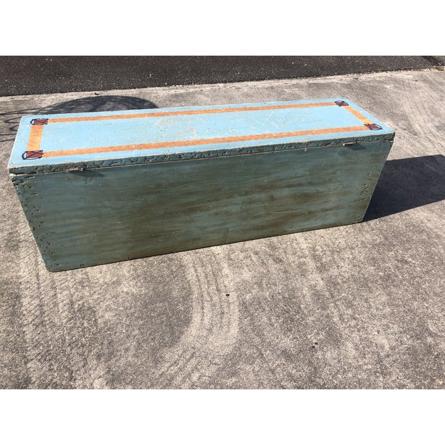 Folk Art 19th Century Painted Trunk From Maine For Sale - Image 11 of 12