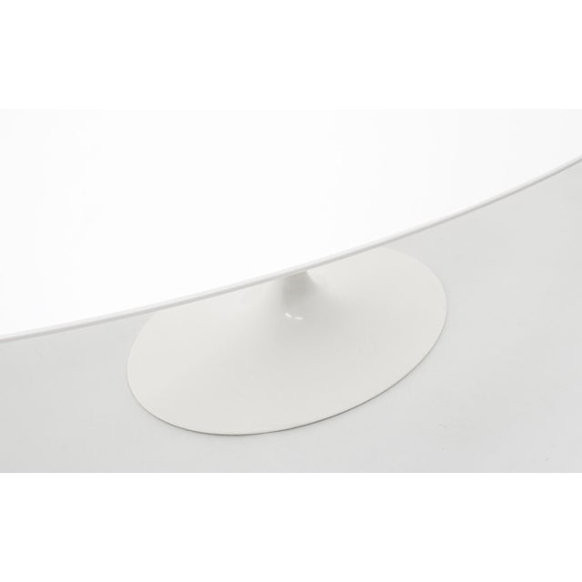 Knoll Eero Saarinen Oval Tulip Base Dining Table, White Laminate Top For Sale - Image 4 of 8