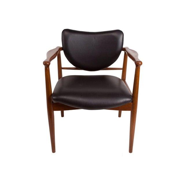 1950s Finn Juhl, Danish Mid-Century Modern Teak and Leather Armchair For Sale - Image 9 of 10