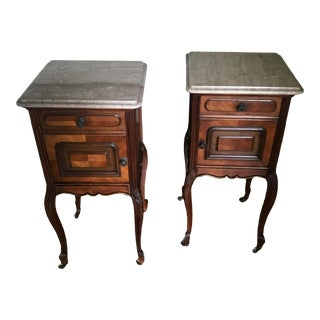 French Victorian Louis XV Carved Wood Marble Top Nightstands Side Tables - a Pair For Sale