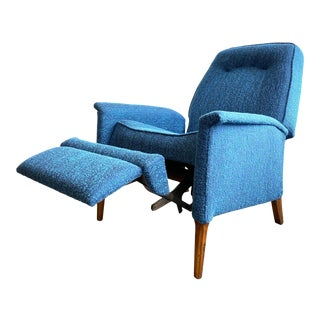 Beautiful Mid Century Modern Lounge Chair For Sale