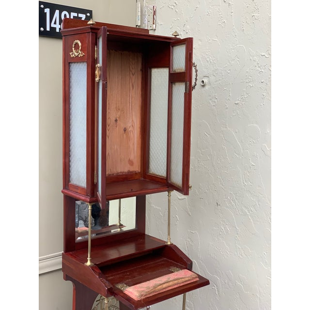 19th Century French VIctorian Prie-Dieu, Oratory in Mahogany With Vitrine For Sale - Image 9 of 11