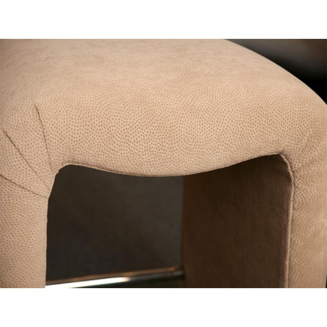 Luxurious Modern Faux Ostrich Upholstered Stools 1970s - Image 9 of 13