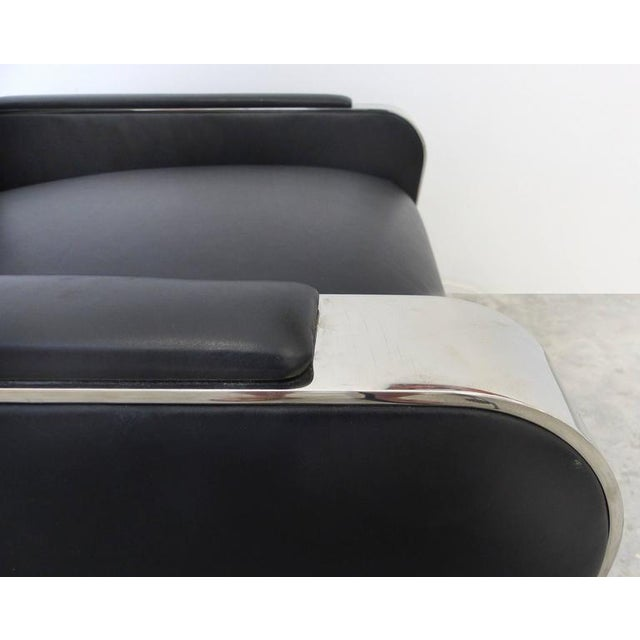 Early 20th Century Pair of Art Deco Style Stainless and Leather Club Chairs attributed to Brueton For Sale - Image 5 of 10