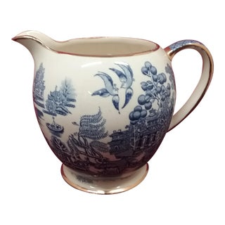 Sadler England Blue Willow Pitcher Creamer with Gold Trim For Sale