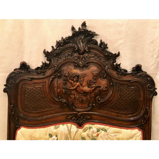 Late 19th Century Pair Antique French Museum Quality Walnut Beds, Circa 1860-1880. One of the Finest Examples of Wood Carver's Art of the 19th Century. For Sale - Image 5 of 9