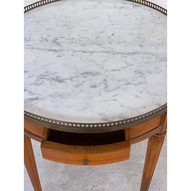 French Louis XVI Style Carrera Marble-Top Bouillotte Table, Stamped Made in France For Sale - Image 3 of 10