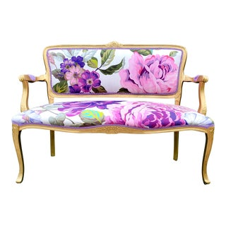 Victorian Issac Mizrahi Mega Chintz Purple and Pink Floral Fabric Settee For Sale