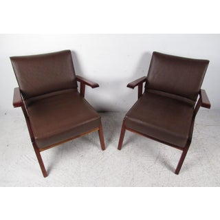 Pair of Unique Mid-Century Modern Italian Floating Armchairs Preview