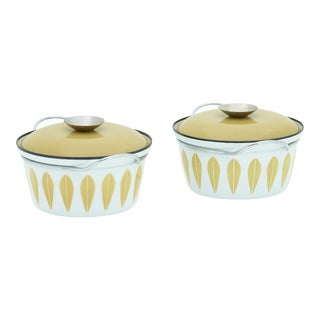 Olive Green and White Lidded Bowls by Cathrineholm of Norway - a Pair For Sale