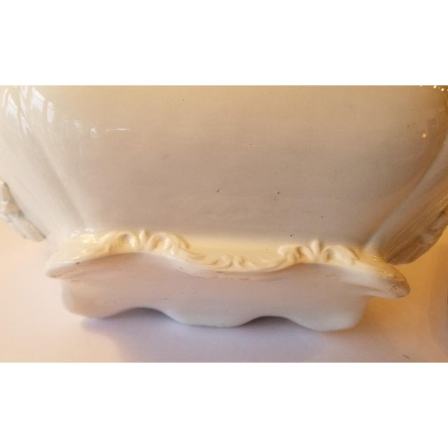 1910s French Transferware Lidded Tureen For Sale - Image 4 of 9