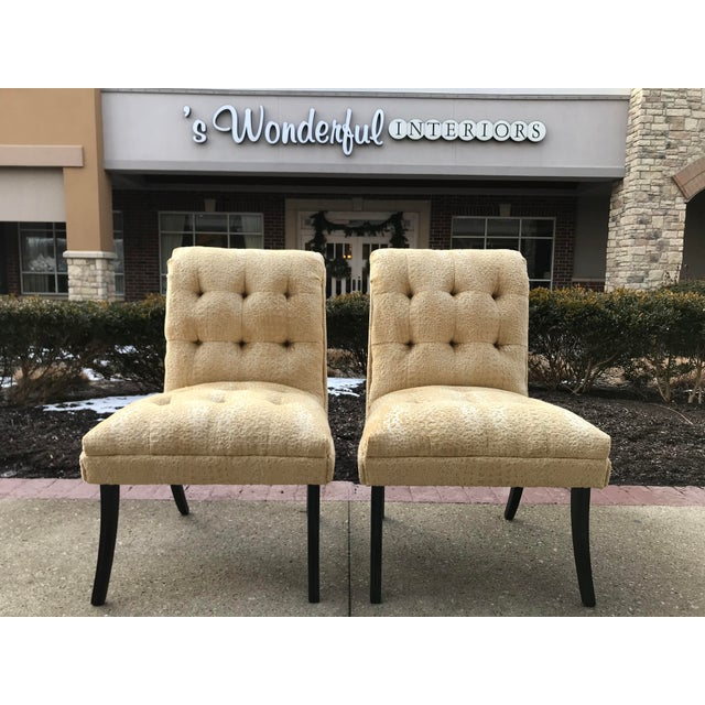 1940s Hollywood Regency Vintage Tufted Klismos Slipper Chairs- a Pair Champagne Velvet For Sale - Image 10 of 10