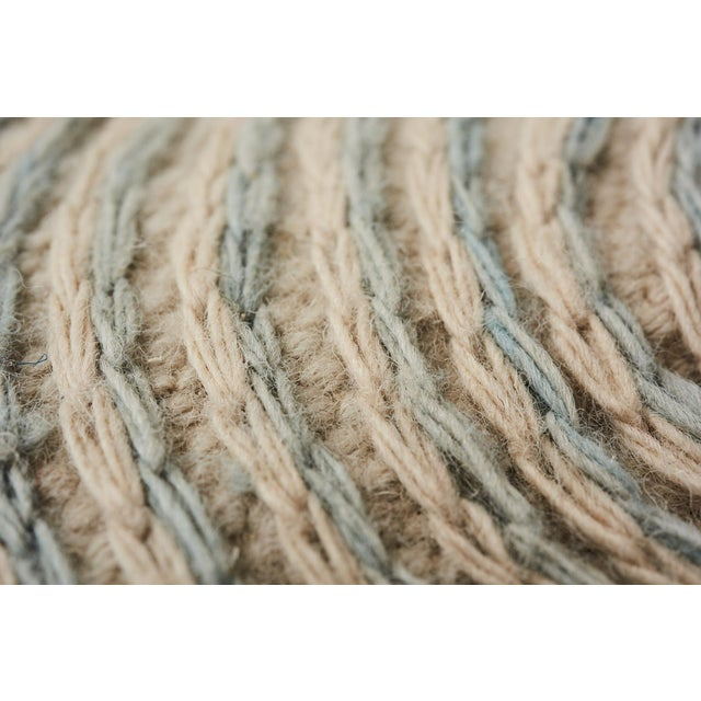 Schumacher Whirlpool Area Rug in Hand-Woven Wool, Patterson Flynn Martin For Sale In New York - Image 6 of 7
