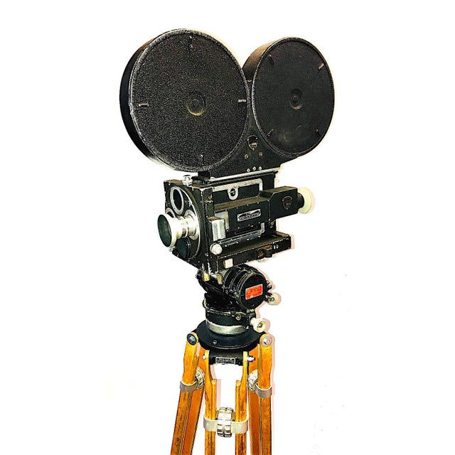Metal 35mm Circa 1949 Mitchell Motion Picture Cinema Camera for Display For Sale - Image 7 of 7