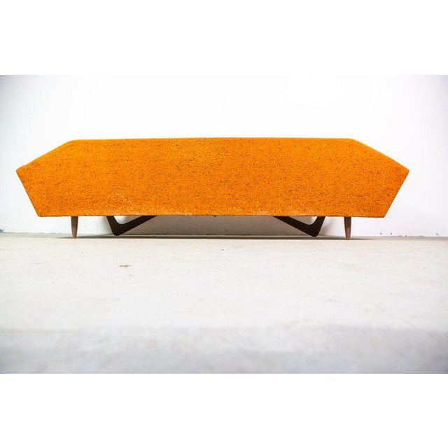 """Mid-Century Modern """"Gondola"""" Sofa by Adrian Pearsall for Craft Associates For Sale - Image 3 of 8"""