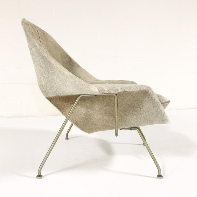 Vintage Eero Saarinen Womb Chair Reupholstered in Brazilian Cowhide For Sale - Image 5 of 11