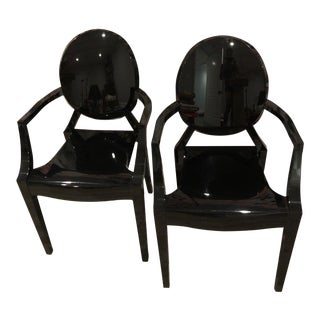 Philippe Starck Black Louis Acrylic Armchairs - a Pair For Sale