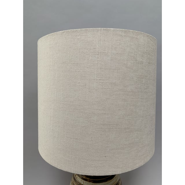 Brown Mid-Century Modern Ceramic Lamp by Jane and Gordon Martz For Sale - Image 8 of 12