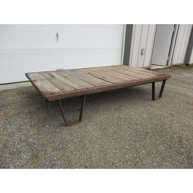 Early 20th Century 20th Century Industrial Pallet/Coffee Table For Sale - Image 5 of 12