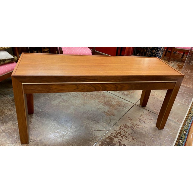 Mid-Century Modern Console Table For Sale - Image 4 of 12