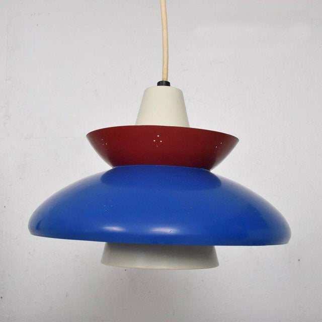 American Mid-Century Modern Pendant Light Sculptural Shape For Sale - Image 9 of 10