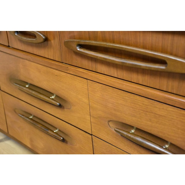 Ward Furniture Walnut Dresser & Mirror - Image 10 of 10