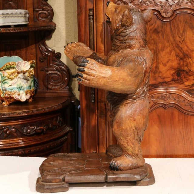 Oak Early 20th Century French Carved Black Forest Three-Gun Holder Bear Sculpture For Sale - Image 7 of 9