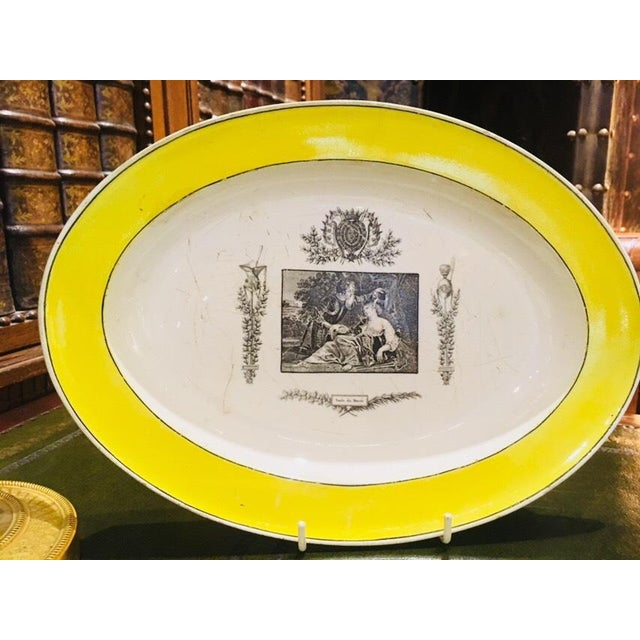 Early 19th Century Collection of Creamware Plates and Serving Pieces - 10 Pieces For Sale - Image 5 of 8