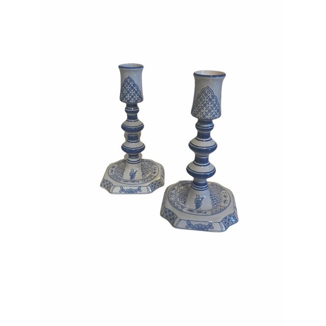 Vintage Royal Goedewoagen Blue and White Hand Painted Candlesticks Made in Holland - Set of 2 For Sale In San Francisco - Image 6 of 8