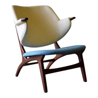 Mid Century Modern Penguin Style Armchair For Sale