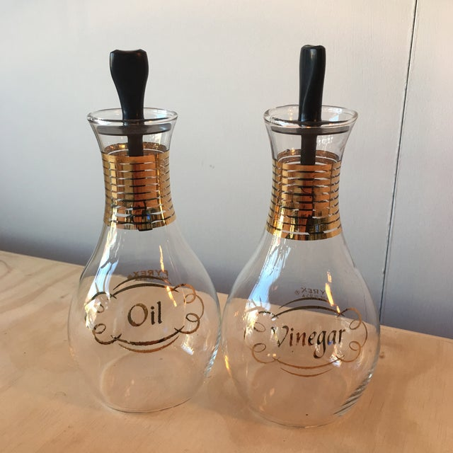 Pyrex Oil & Vinegar Set - Image 2 of 5