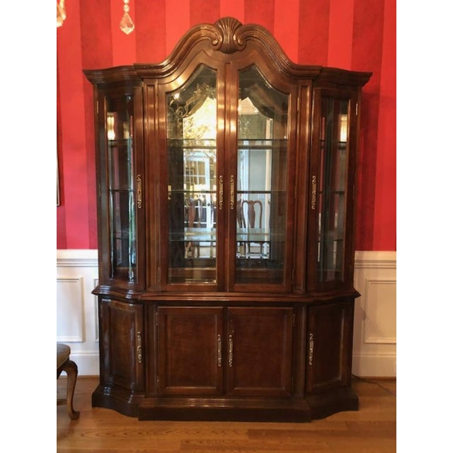 Bernhardt Mahogany Breakfront China Cabinet For Sale - Image 12 of 12