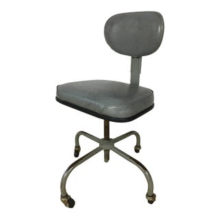 1960s Industrial Cramer Swivel Chair With Casters For Sale