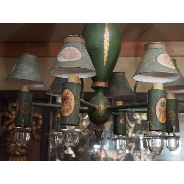 French Mid 20th Century Painted French Tole Chandelier For Sale - Image 3 of 7