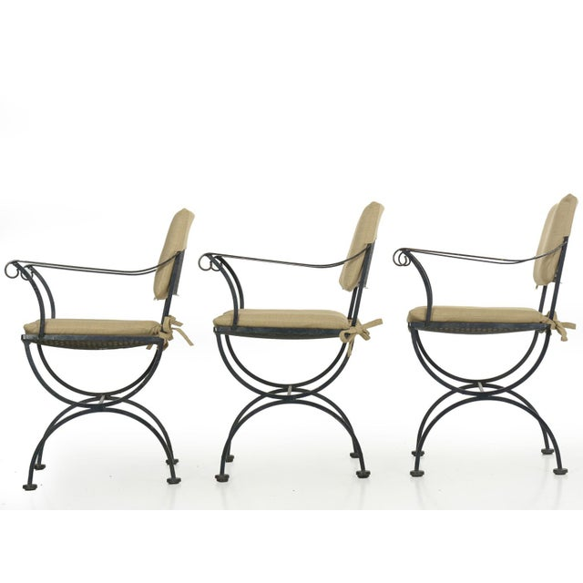 Mid-Century Modern Set of Six Salterini Style Black Iron Patio Dining Chairs, Mid 20th Century For Sale - Image 3 of 13