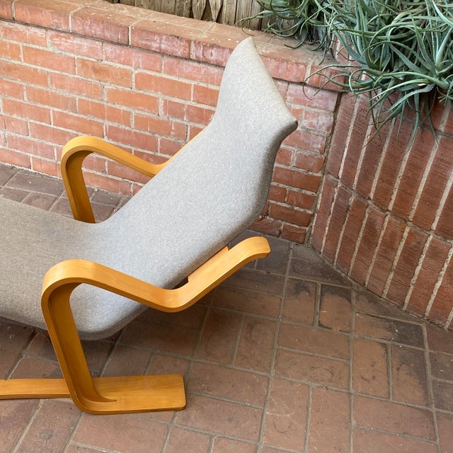 Mid-Century Modern 1980s Marcel Breuer Chaise Lounge For Sale - Image 3 of 13