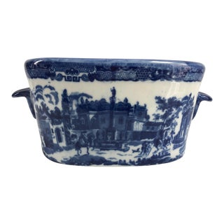 Large Vintage Blue & White English Handled Oval Porcelain Cachepot Planter For Sale