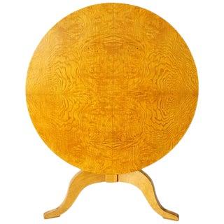 1825 Biedermeier Swedish Karl Johan Burled Birch Root Round Tilt-Top Table, Circ For Sale