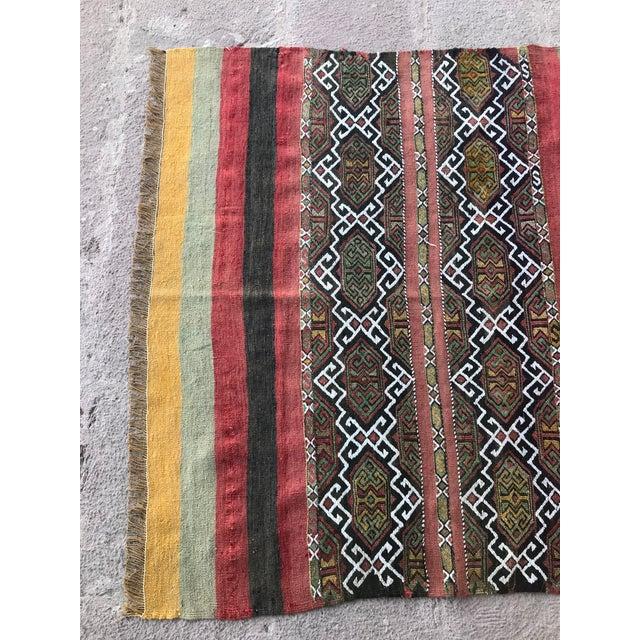 Traditional 1930s Turkish Anatolian Kilim Rug For Sale - Image 3 of 9