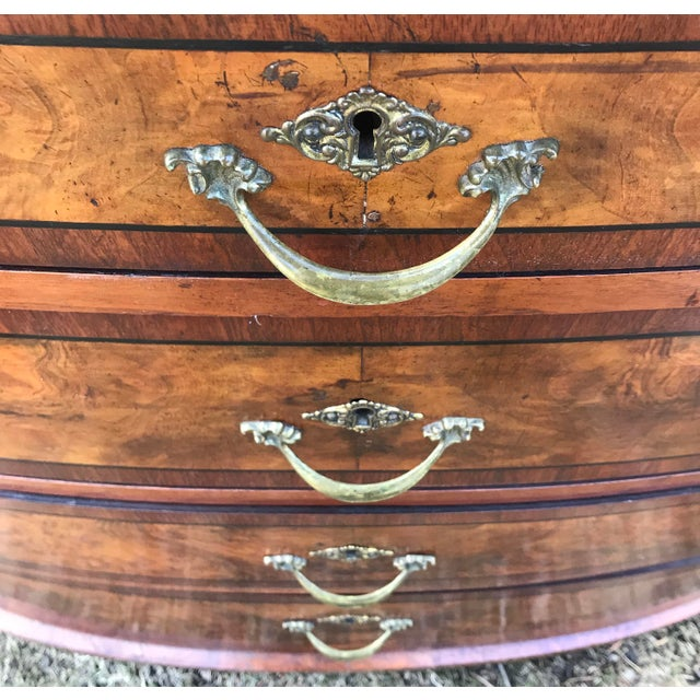 American Classical 1850 American Classical Chest of Drawers For Sale - Image 3 of 11