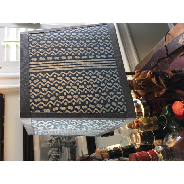 Navy and White Fortuny 'Tapa' Lampshade For Sale In Philadelphia - Image 6 of 7