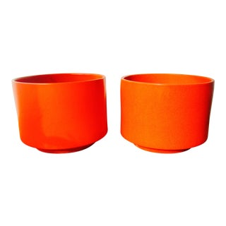 Gainey Orange Speckled Ceramic Planter Pots - Set of 2 For Sale