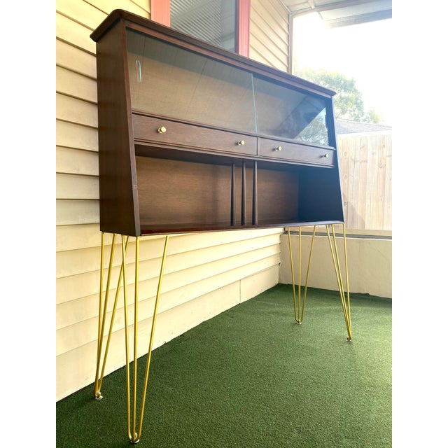Mid-Century Modern Mid Century Modern Hairpin Cabinet For Sale - Image 3 of 7