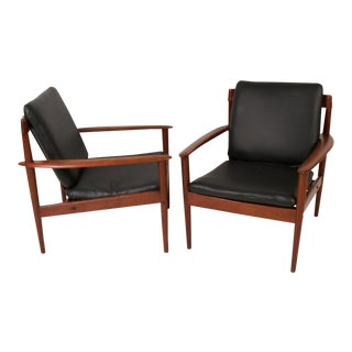 Pair of Danish Modern Teak Lounge Chairs by Grete Jalk For Sale